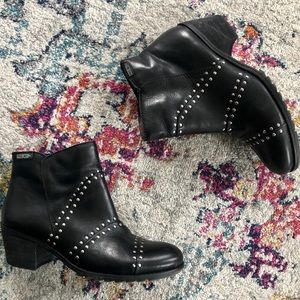 NWOB Pikolinos Andorra Studded Bootie - RARE FIND